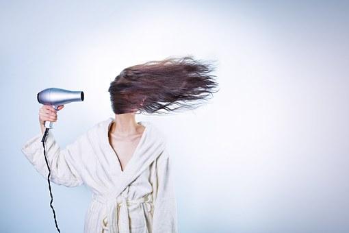 Extension de cheveux: ce qu'il faut savoir avant de rallonger sa chevelure