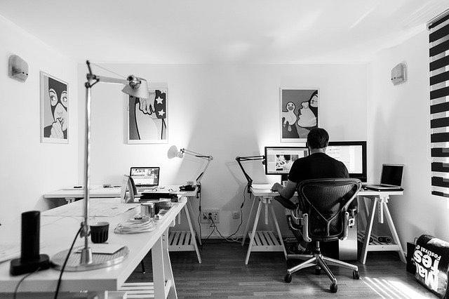 Professionnel, pourquoi se lancer dans la création site internet?