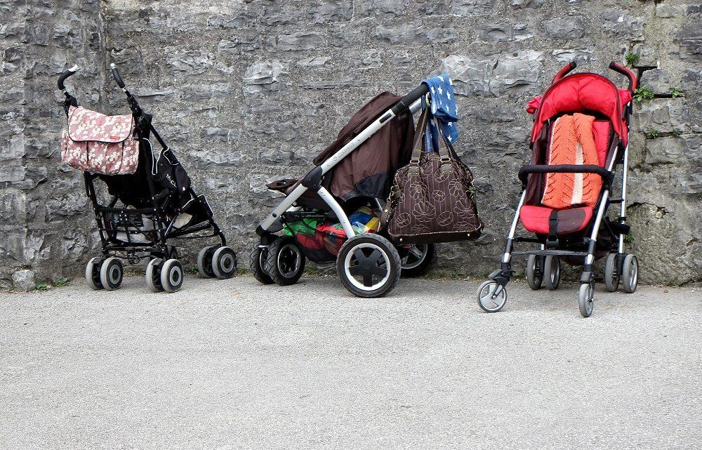 Conseils de sécurité sur les poussettes pour enfants
